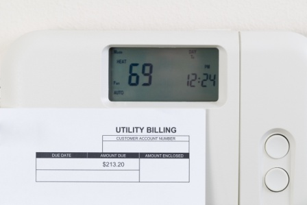 Use a Programmable Thermostat to Save Money on Your Heating & Cooling Costs